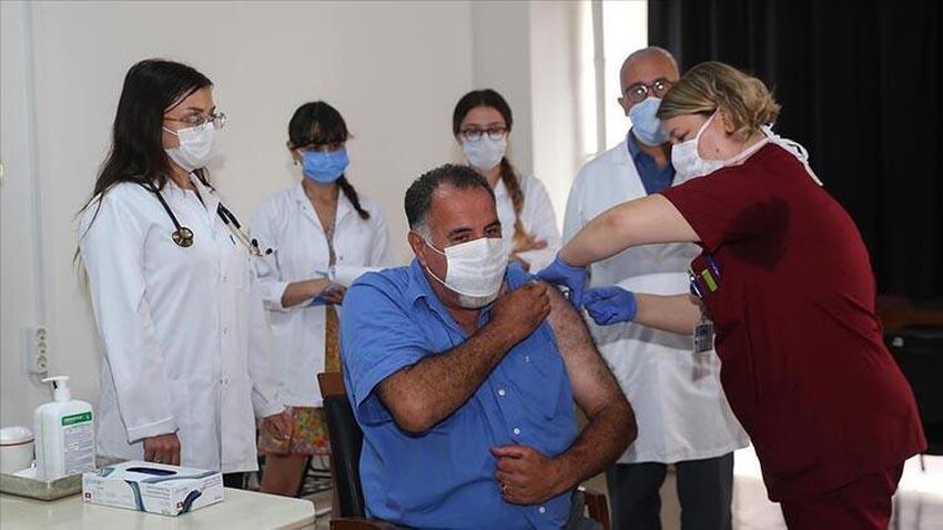 Geliştirilen ilk aşı yapıldı
