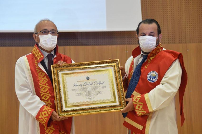 Lütfi Elvan'a Karaman'dan fahri doktora ünvanı