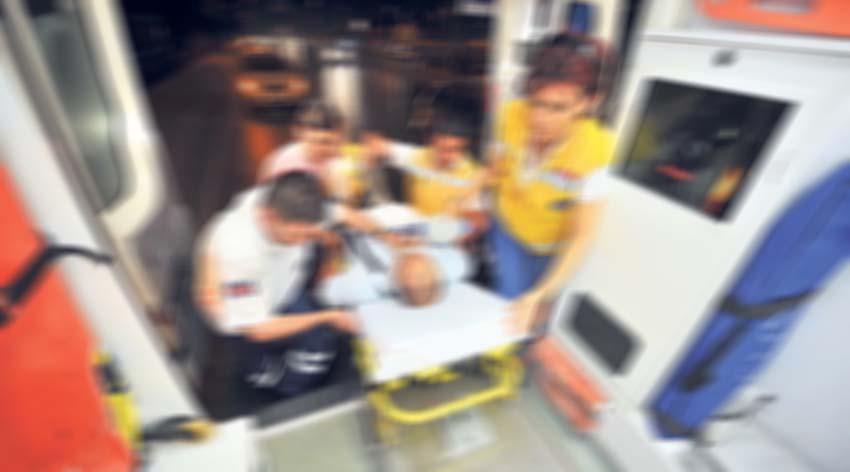 Yaşlı adam ağır yaralandı